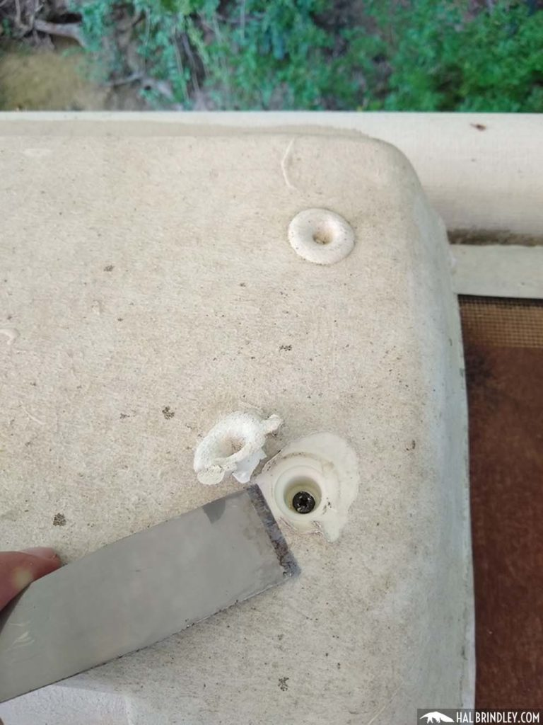 screws in refrigerator vent cap